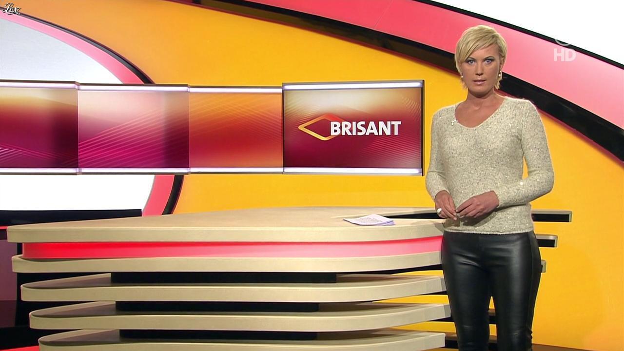 Kamilla Senjo dans Brisant. Diffusé à la télévision le 27/01/14.