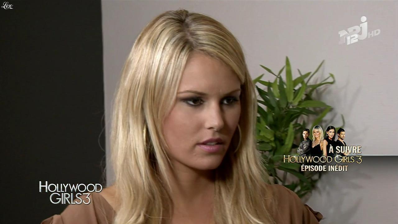 Marine Boudou dans Hollywood Girls. Diffusé à la télévision le 05/12/13.