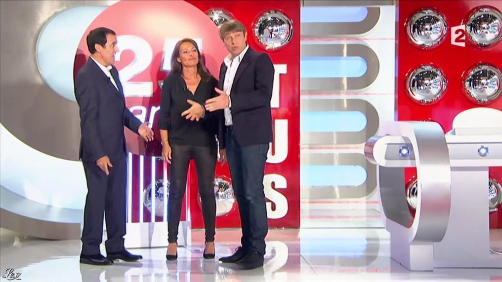 Valérie Durier dans Motus. Diffusé à la télévision le 25/06/15.