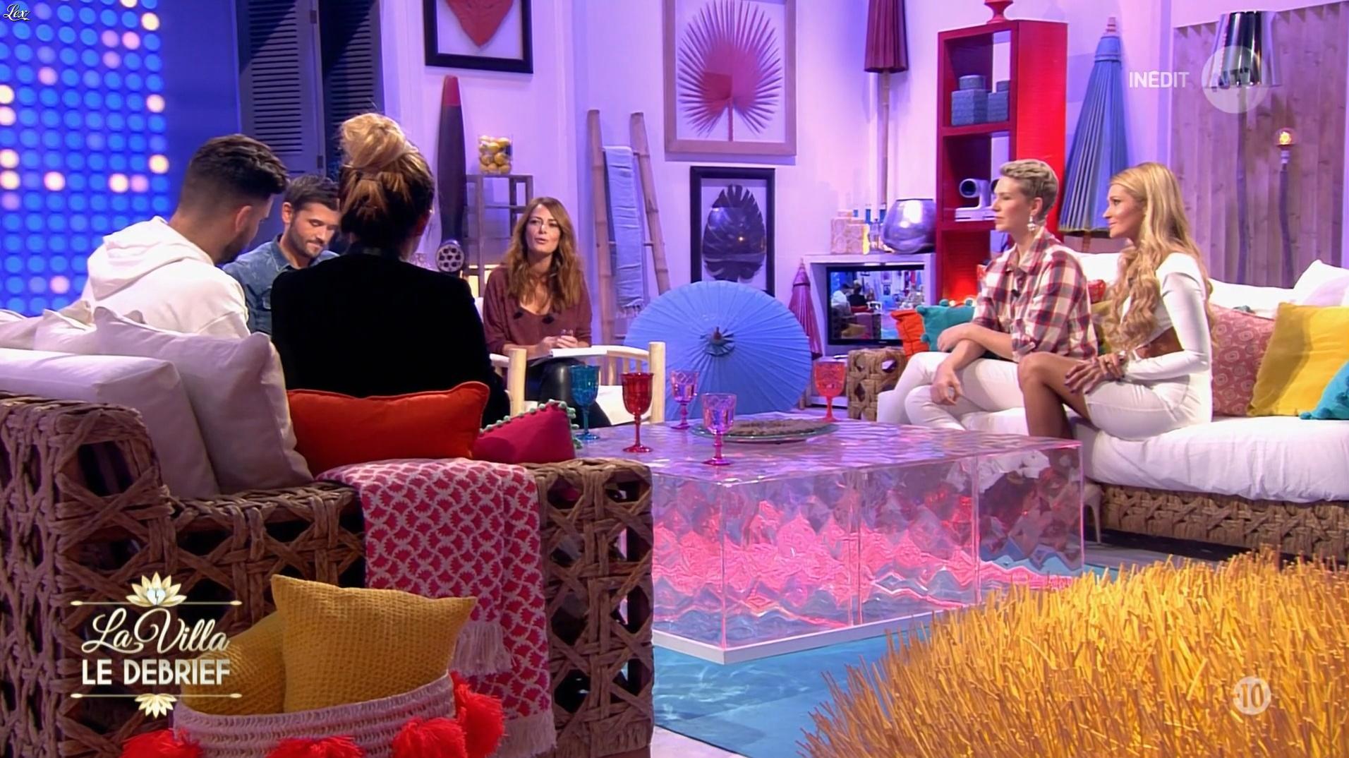 Elsa Fayer et Tatiana Laurens Delarue dans la Villa le Debrief. Diffusé à la télévision le 22/12/16.