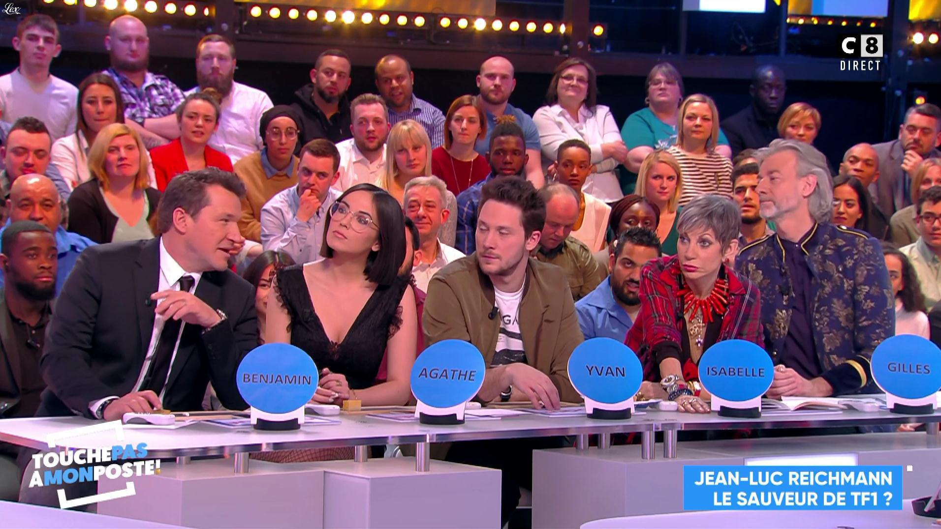 Agathe Auproux dans Touche pas à mon Poste. Diffusé à la télévision le 02/02/18.
