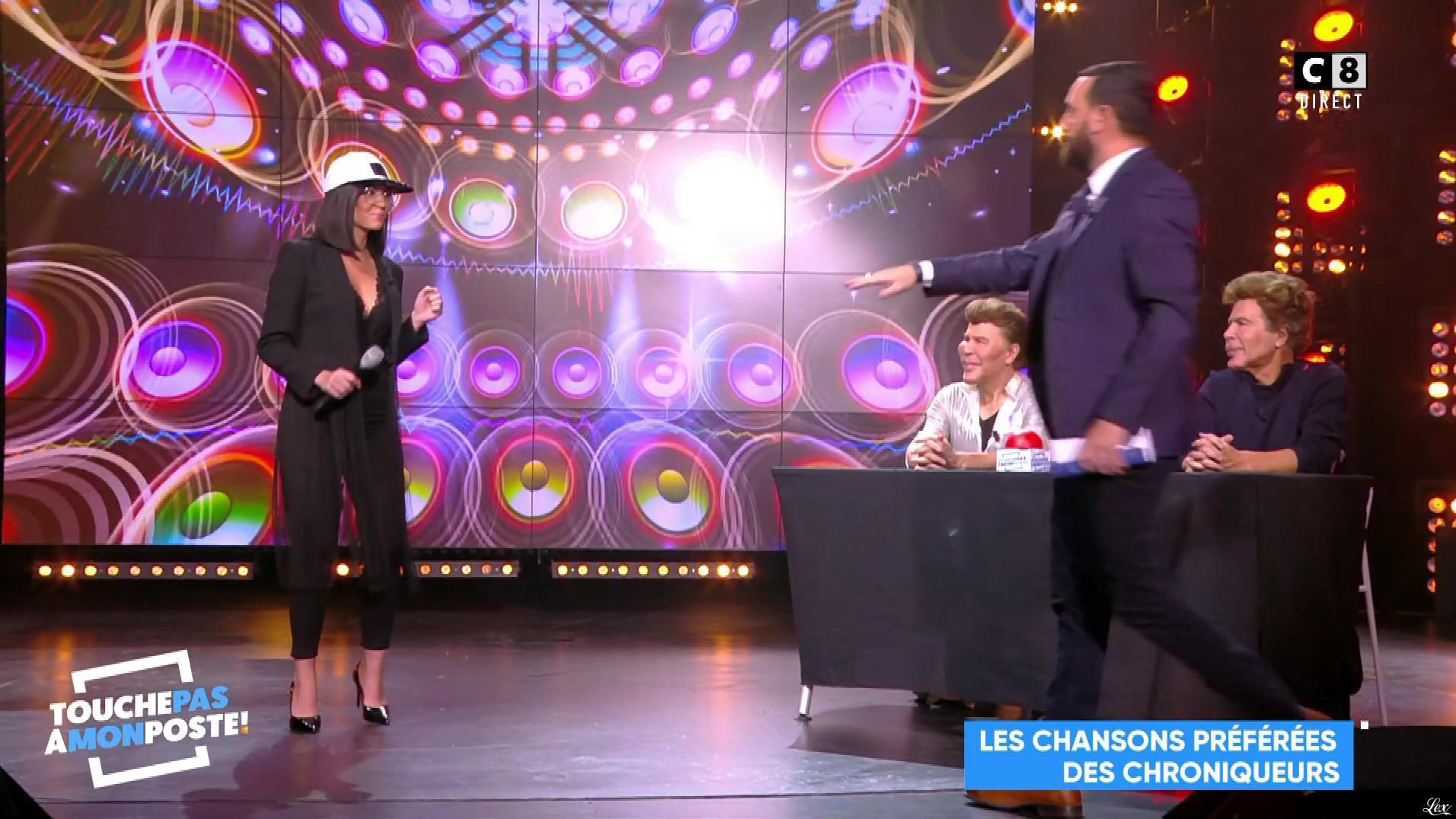 Agathe Auproux dans Touche pas à mon Poste. Diffusé à la télévision le 14/11/17.