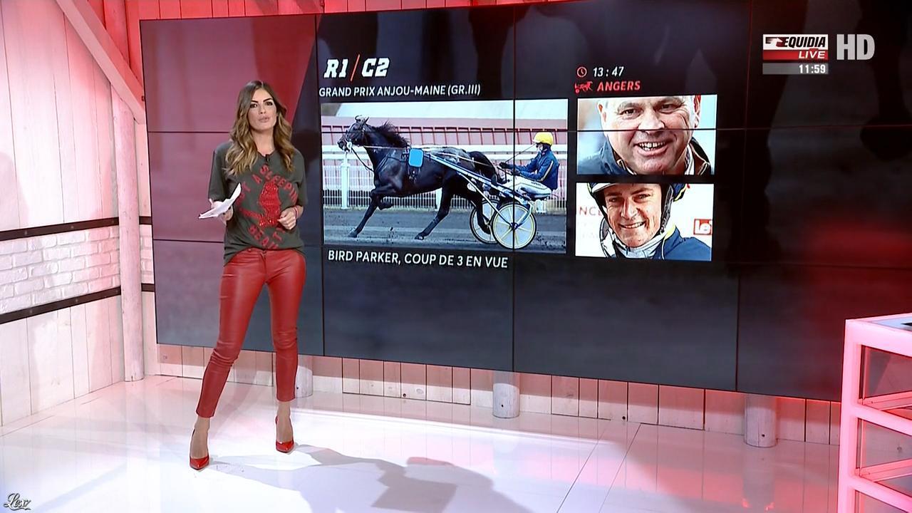 Amélie Bitoun dans un Jour aux Courses. Diffusé à la télévision le 04/10/17.