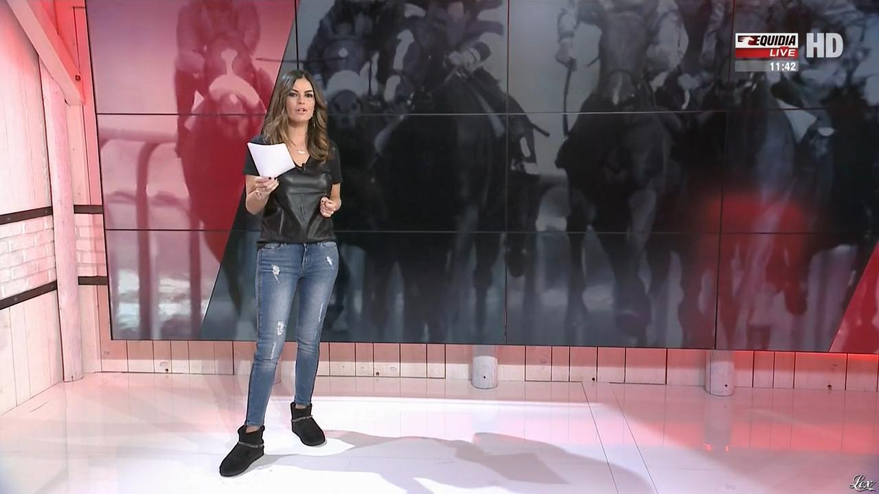 Amélie Bitoun dans un Jour aux Courses. Diffusé à la télévision le 10/10/17.