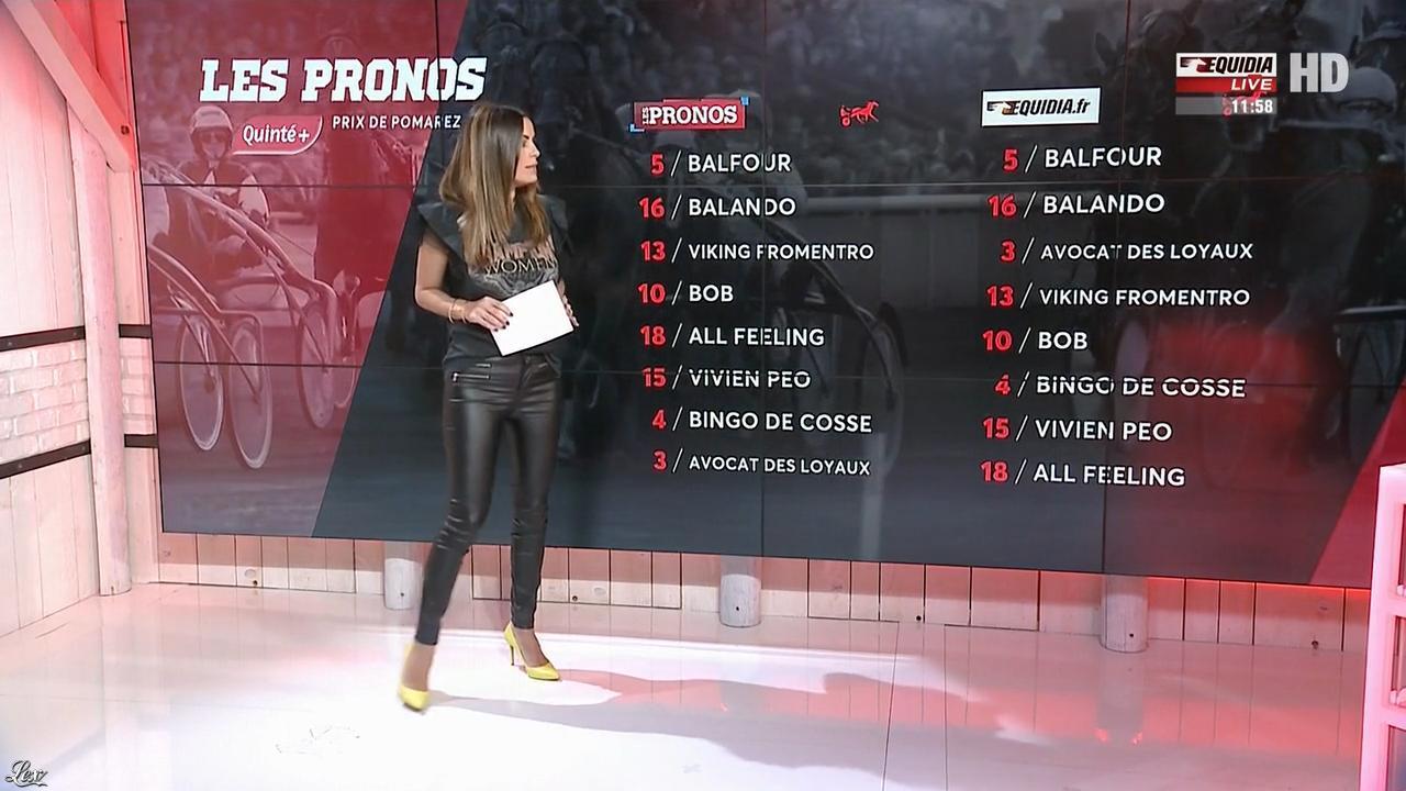 Amélie Bitoun dans un Jour aux Courses. Diffusé à la télévision le 23/10/17.