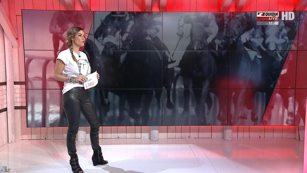 Amélie Bitoun dans un Jour aux Courses. Diffusé à la télévision le 26/09/17.