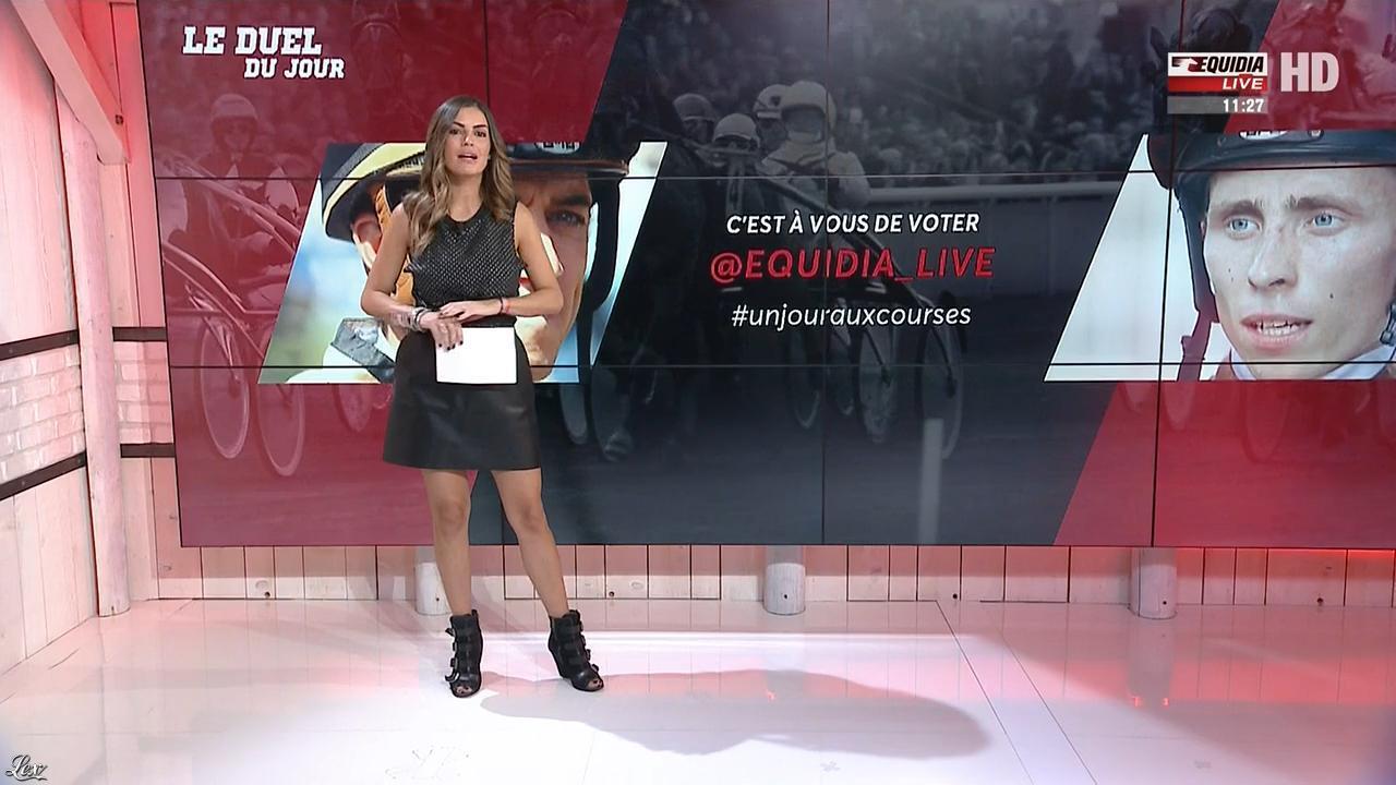 Amélie Bitoun dans un Jour aux Courses. Diffusé à la télévision le 27/09/17.