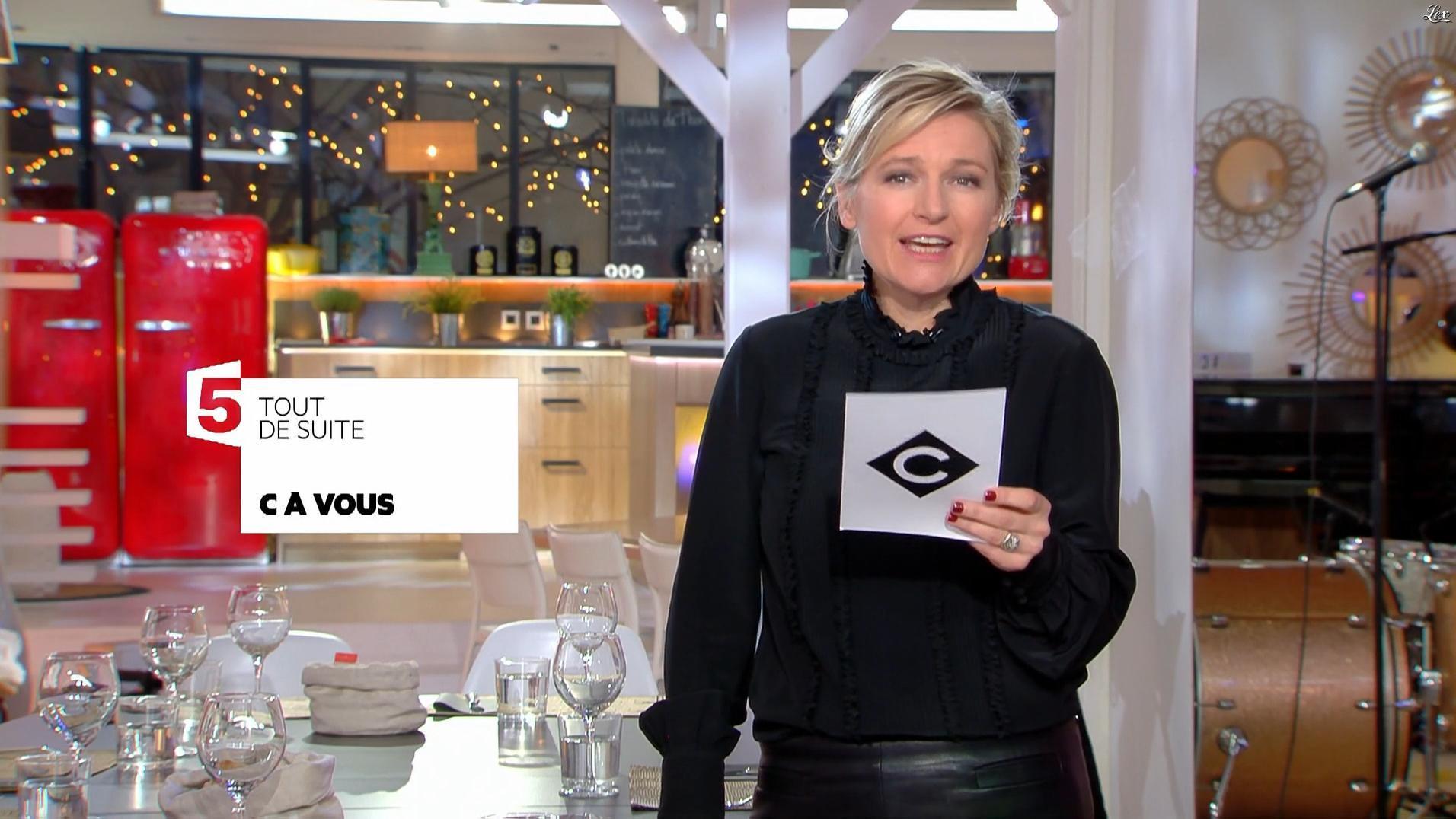 Anne-Elisabeth Lemoine dans C à Vous. Diffusé à la télévision le 24/01/18.