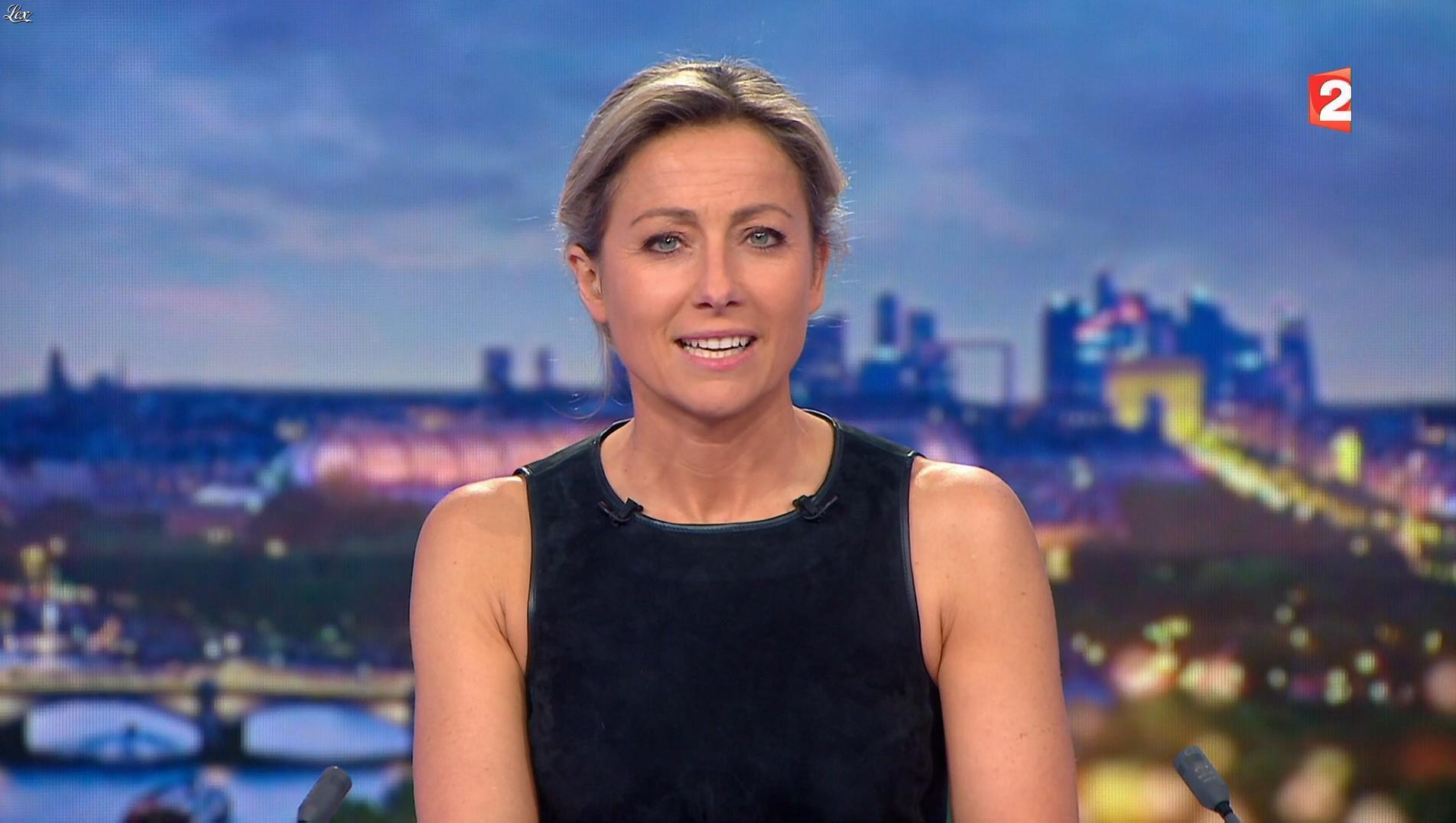 Anne-Sophie Lapix dans le 20h. Diffusé à la télévision le 20/12/17.