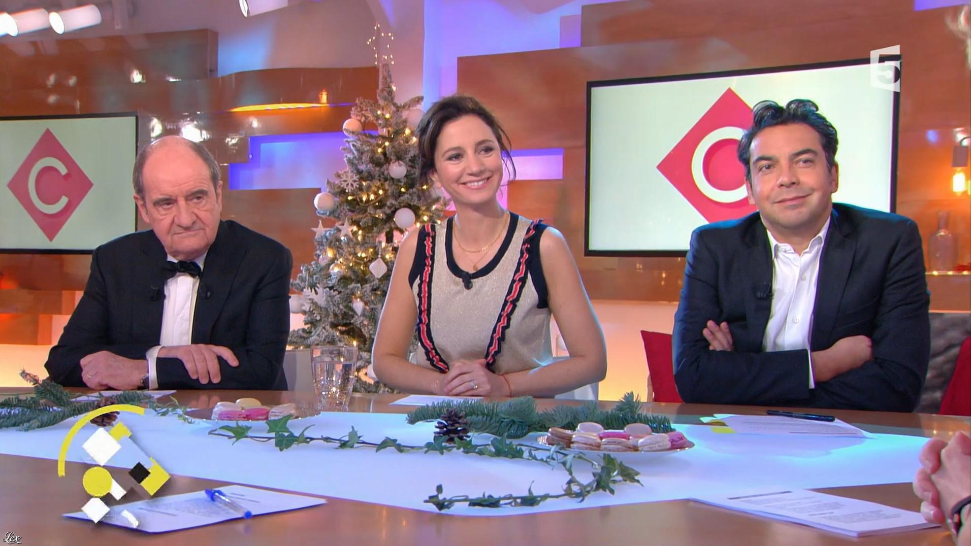 Marion Ruggieri dans C à Vous. Diffusé à la télévision le 29/12/17.