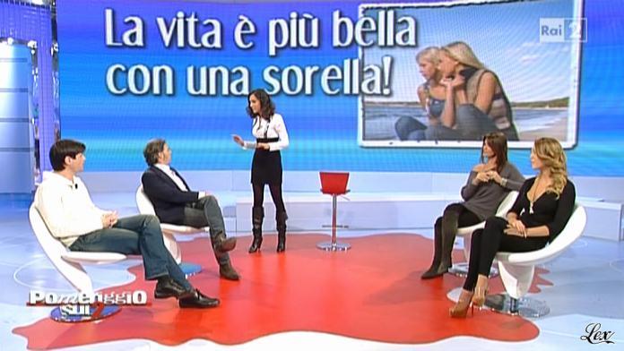 Caterina Balivo dans Pomeriggio sul Due. Diffusé à la télévision le 30/11/10.