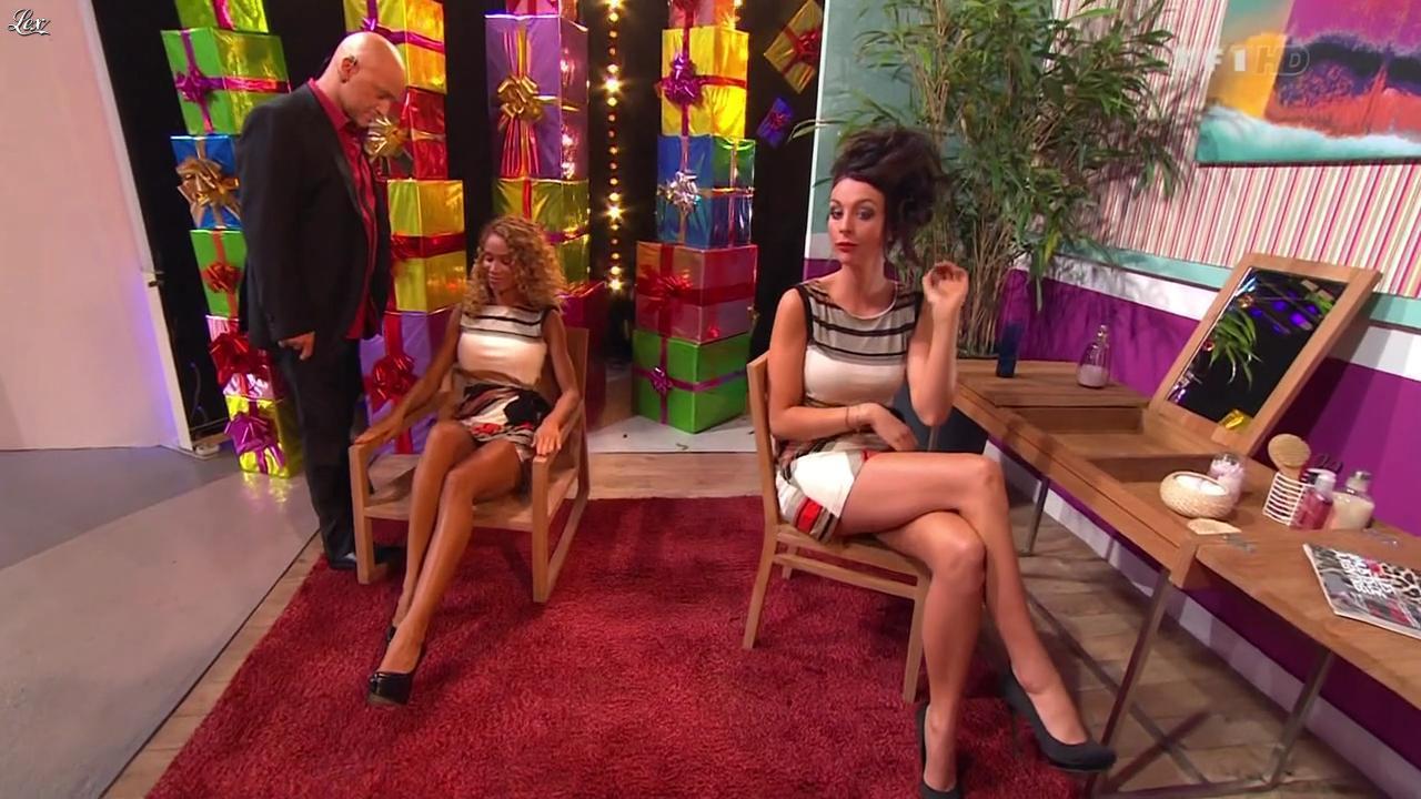 Les Gafettes, Doris Rouesne et Fanny Veyrac dans le Juste Prix. Diffusé à la télévision le 18/11/11.