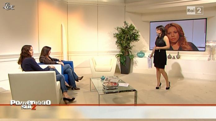 Lorena Bianchetti dans Pomeriggio sul Due. Diffusé à la télévision le 30/11/10.