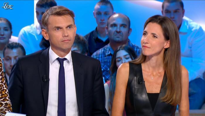 Alix Bouilhaguet dans le Grand Journal de Canal Plus. Diffusé à la télévision le 10/10/12.
