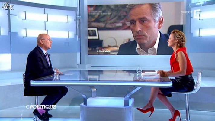 Caroline Roux dans C Politique. Diffusé à la télévision le 16/09/12.
