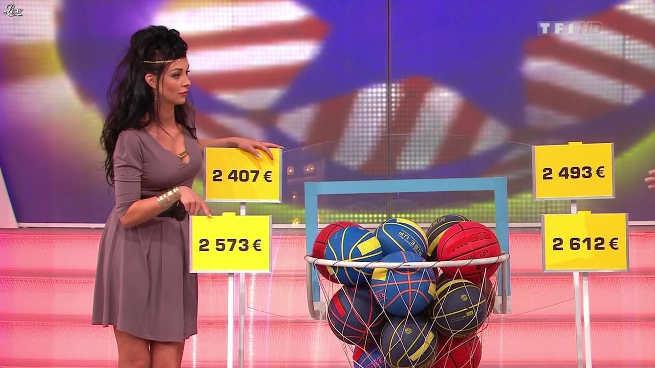 Fanny Veyrac dans le Juste Prix. Diffusé à la télévision le 21/11/12.