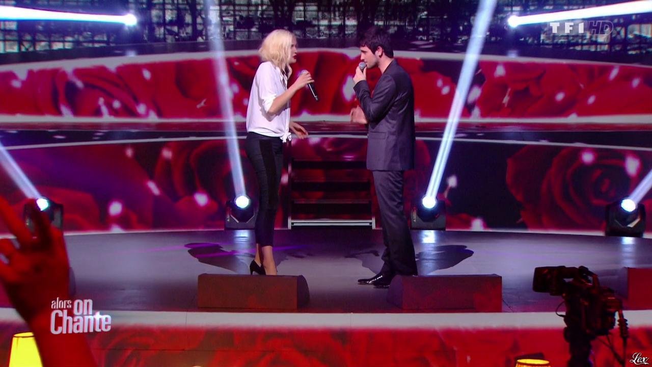 Camille Lou dans Alors On Chante. Diffusé à la télévision le 28/11/14.