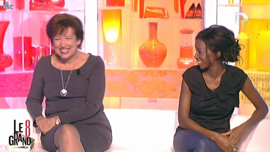 Hapsatou Sy dans le Grand 8. Diffusé à la télévision le 17/10/12.