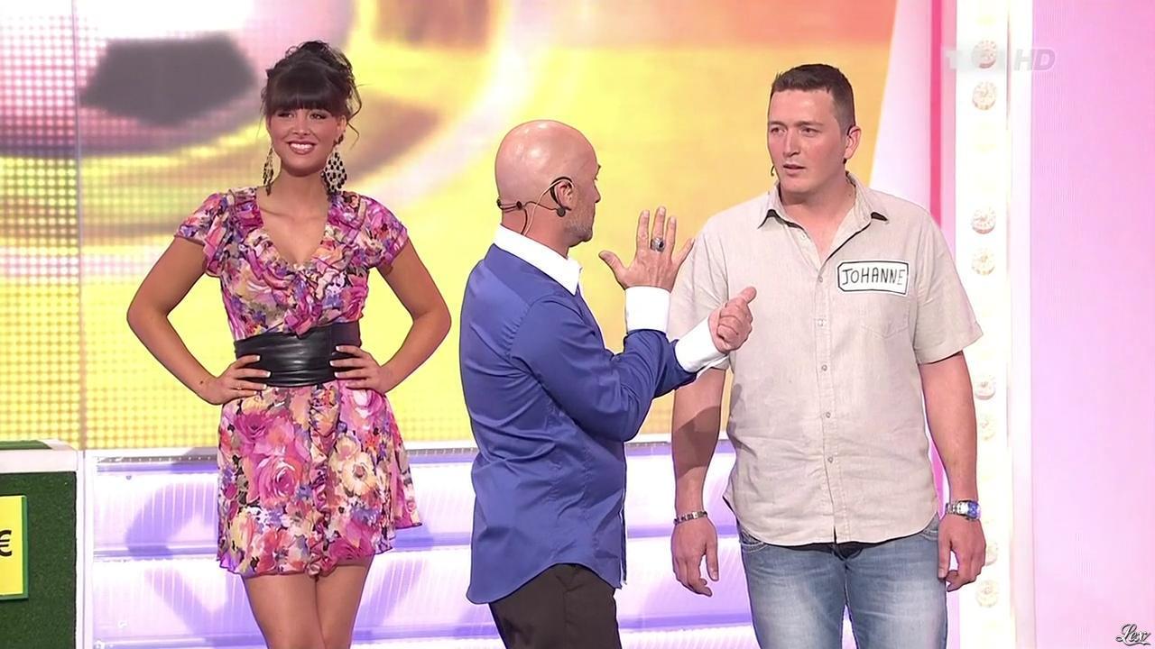 Fanny Veyrac dans le Juste Prix. Diffusé à la télévision le 07/05/10.