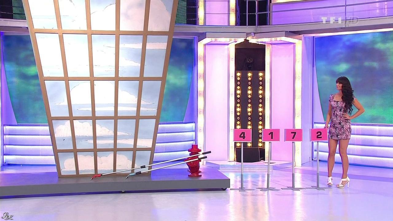 Fanny Veyrac dans le Juste Prix. Diffusé à la télévision le 16/04/10.