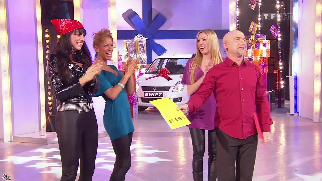 Les Gafettes, Fanny Veyrac, Nadia Aydanne et Doris Rouesne dans le Juste Prix. Diffusé à la télévision le 16/03/10.