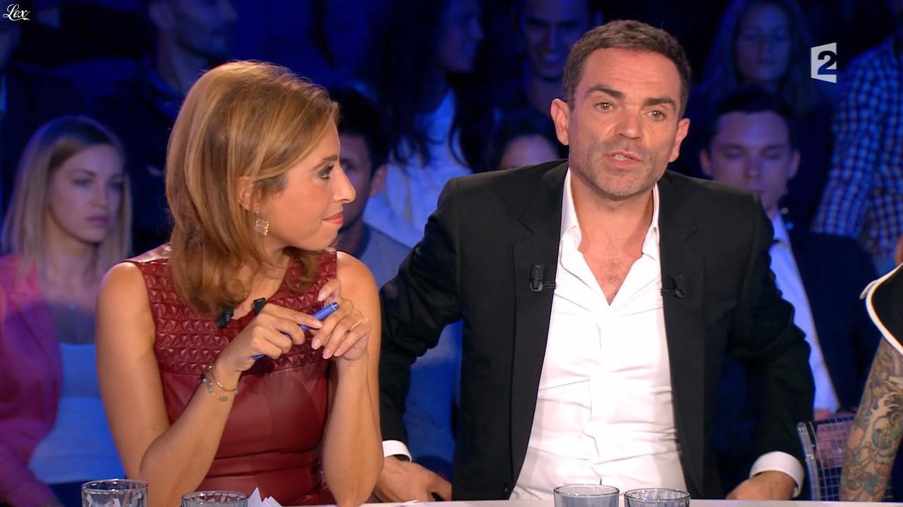 Léa Salamé dans On n'est pas Couché. Diffusé à la télévision le 05/09/15.