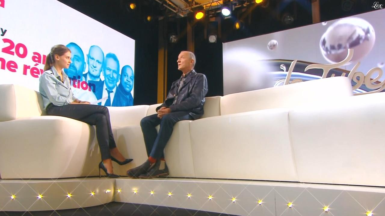 Ophélie Meunier dans le Tube. Diffusé à la télévision le 17/10/15.