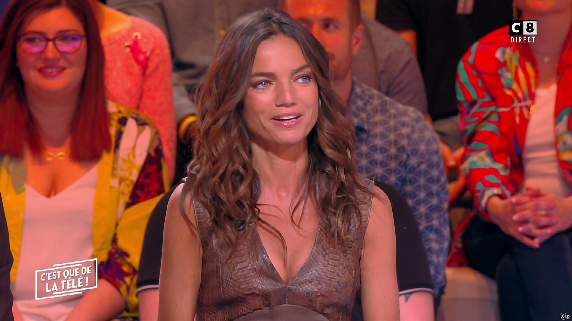 FrancesÇa Antoniotti dans c'est Que de la Télé. Diffusé à la télévision le 22/10/18.