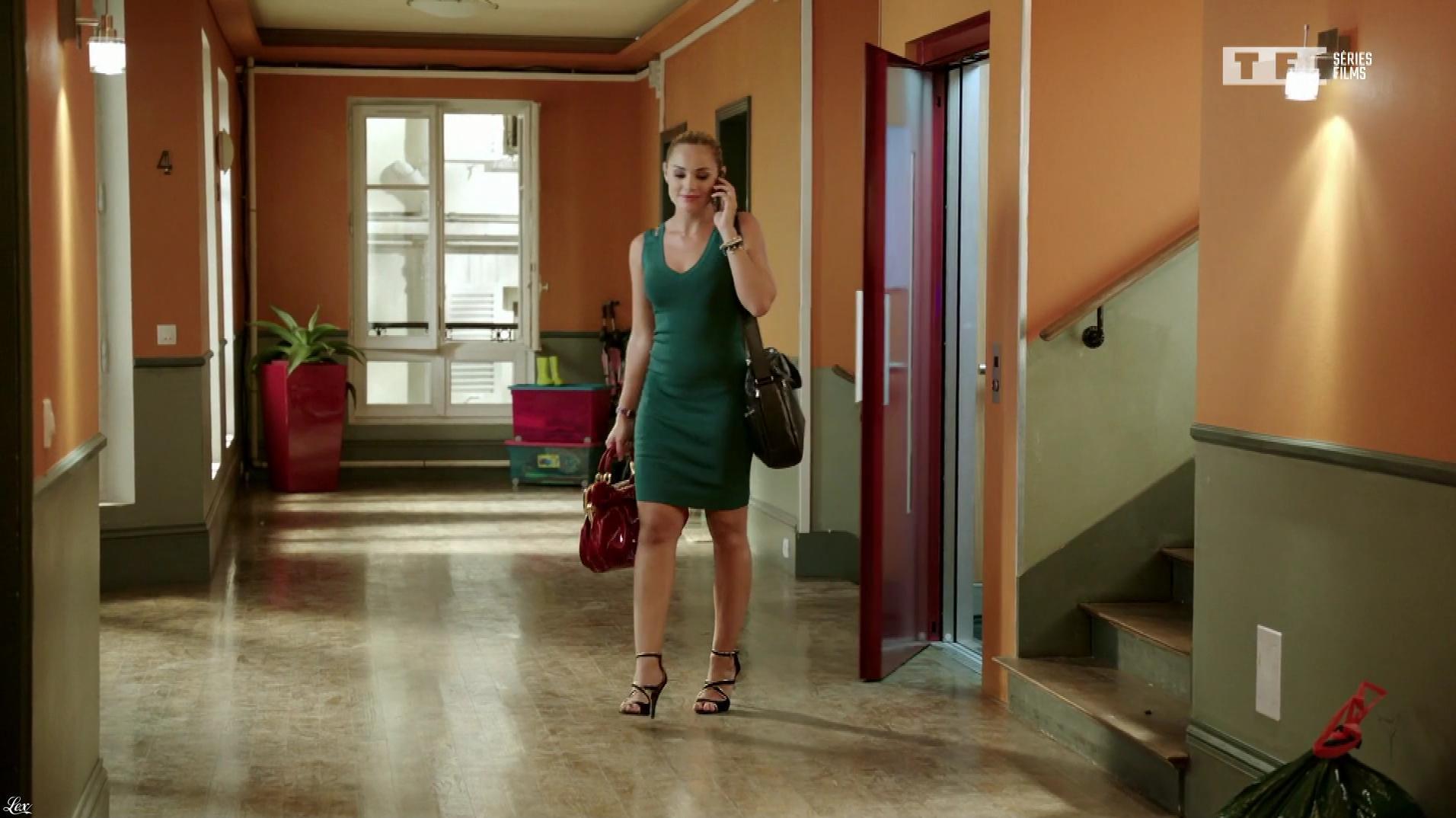 Joy Esther dans Nos Chers Voisins. Diffusé à la télévision le 21/07/18.