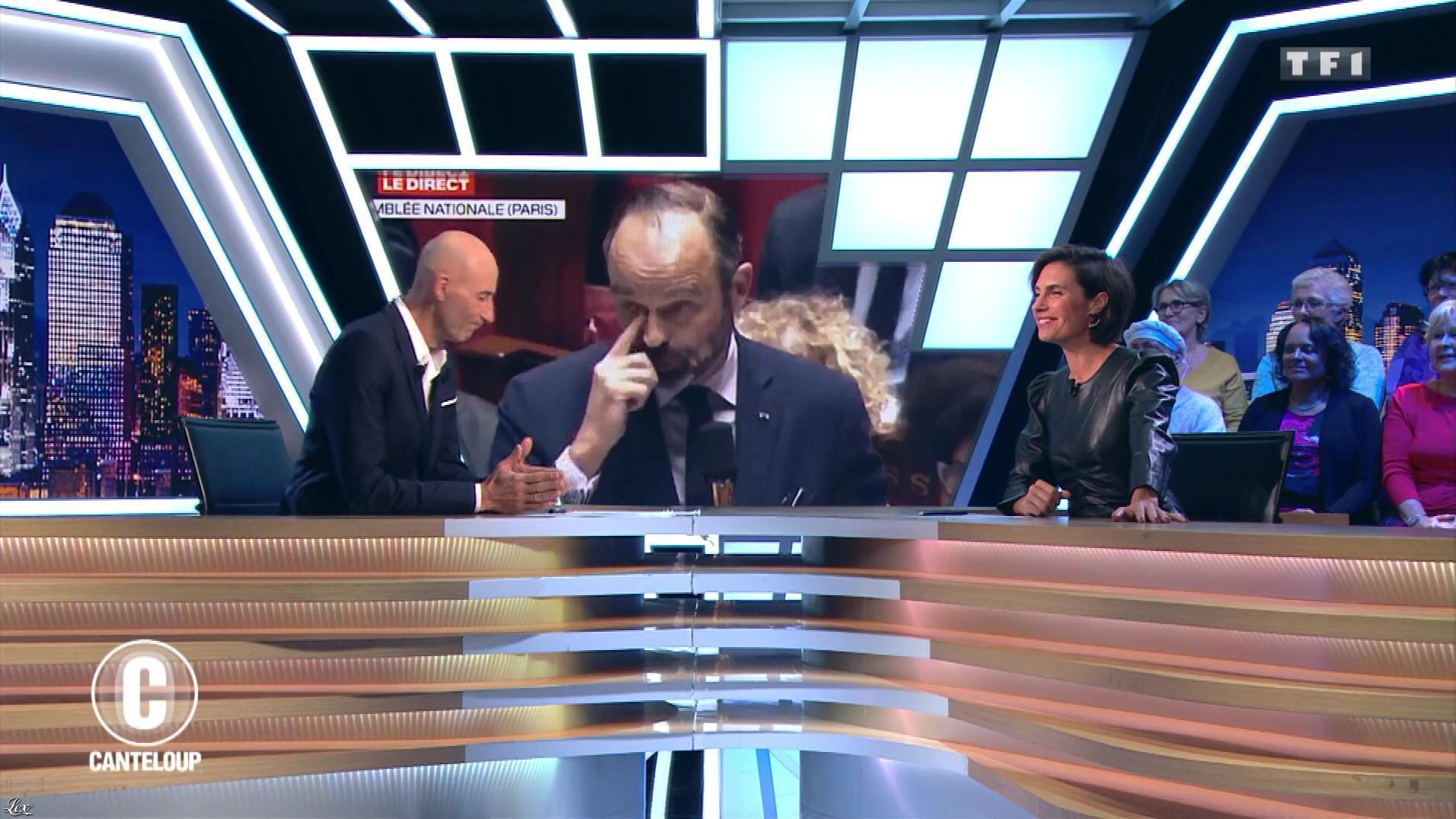 Alessandra Sublet dans c'est Canteloup. Diffusé à la télévision le 08/11/19.