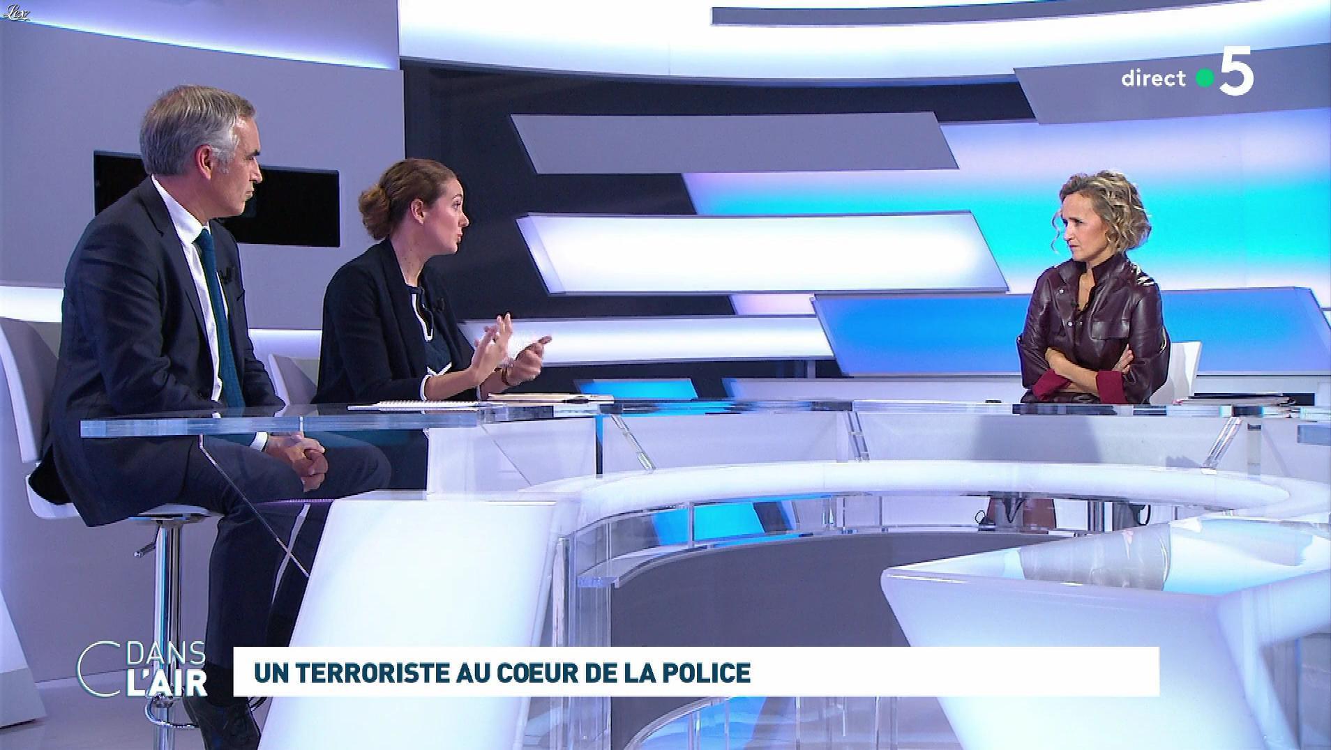 Caroline Roux dans C dans l'Air. Diffusé à la télévision le 07/10/19.