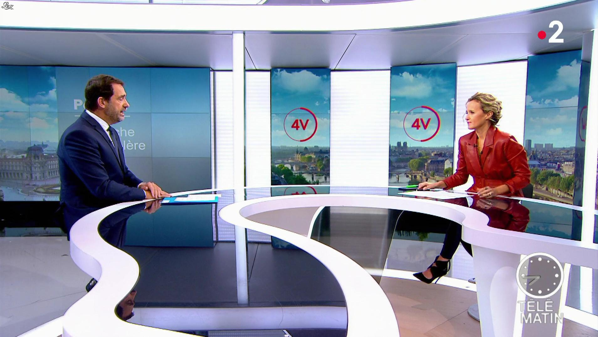 Caroline Roux dans les 4 Vérités. Diffusé à la télévision le 02/10/19.