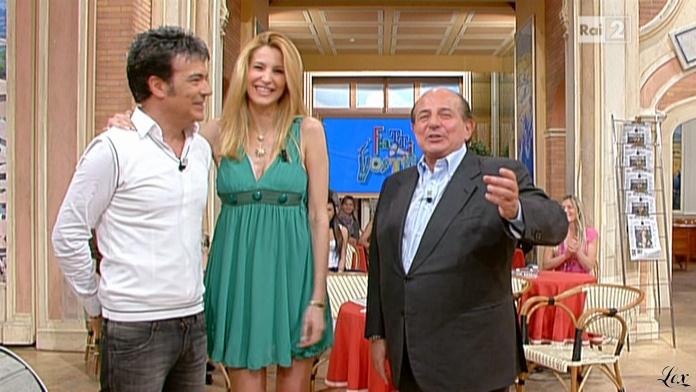 Adriana Volpe dans I Fatti Vostri. Diffusé à la télévision le 14/04/11.
