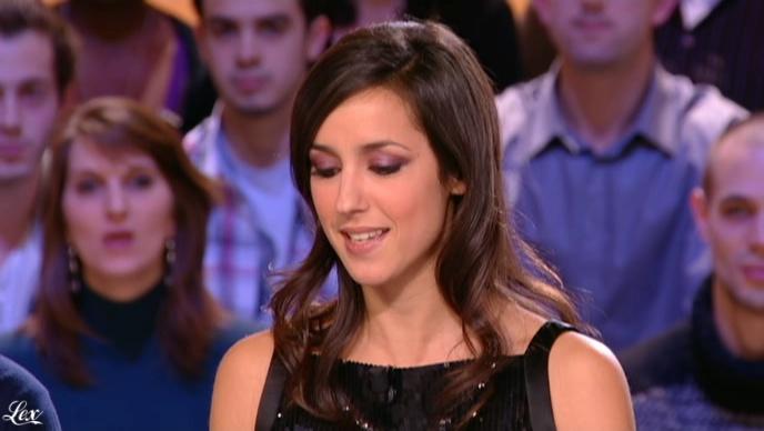 Elise Chassaing dans le Grand Journal De Canal Plus. Diffusé à la télévision le 11/02/10.