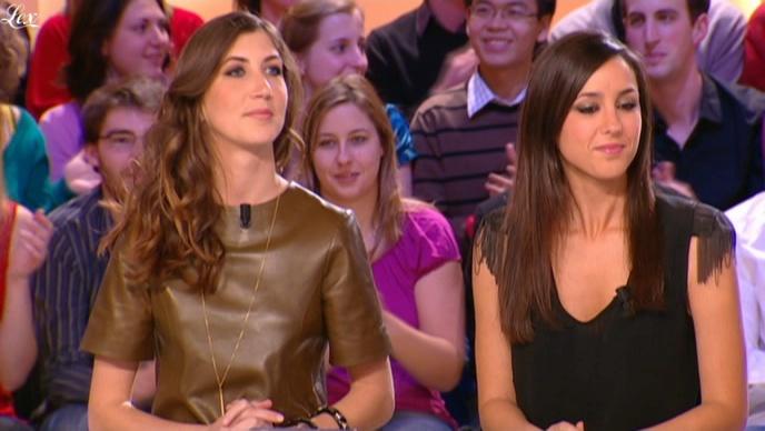 Elise Chassaing et Tania Bruna-Rosso dans le Grand Journal De Canal Plus. Diffusé à la télévision le 01/02/10.
