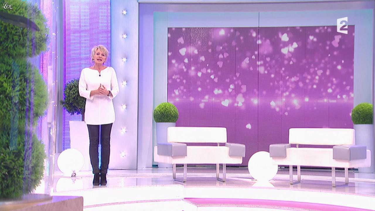 Sophie Davant dans Toute une Histoire. Diffusé à la télévision le 14/02/12.