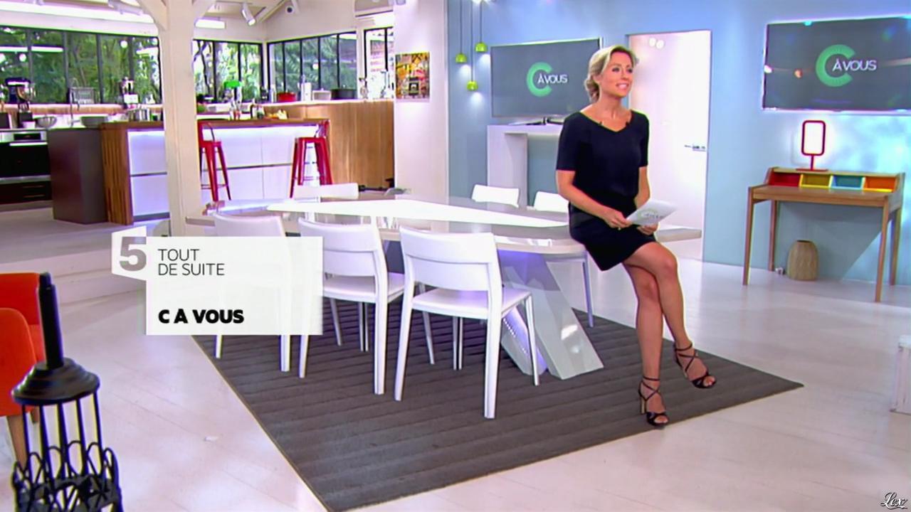 Anne-Sophie Lapix dans C à Vous. Diffusé à la télévision le 23/06/14.