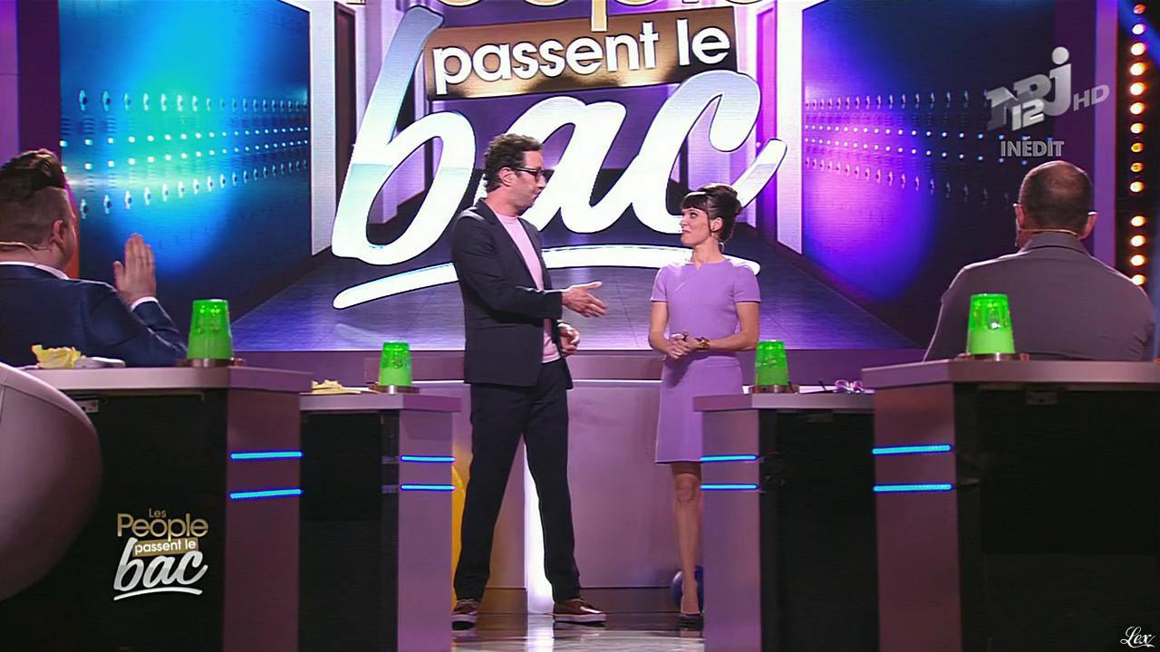 Erika Moulet dans les People Passent le Bac. Diffusé à la télévision le 27/05/14.