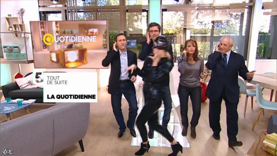 Valérie Durier et Maya Lauqué dans la Quotidienne. Diffusé à la télévision le 11/11/13.
