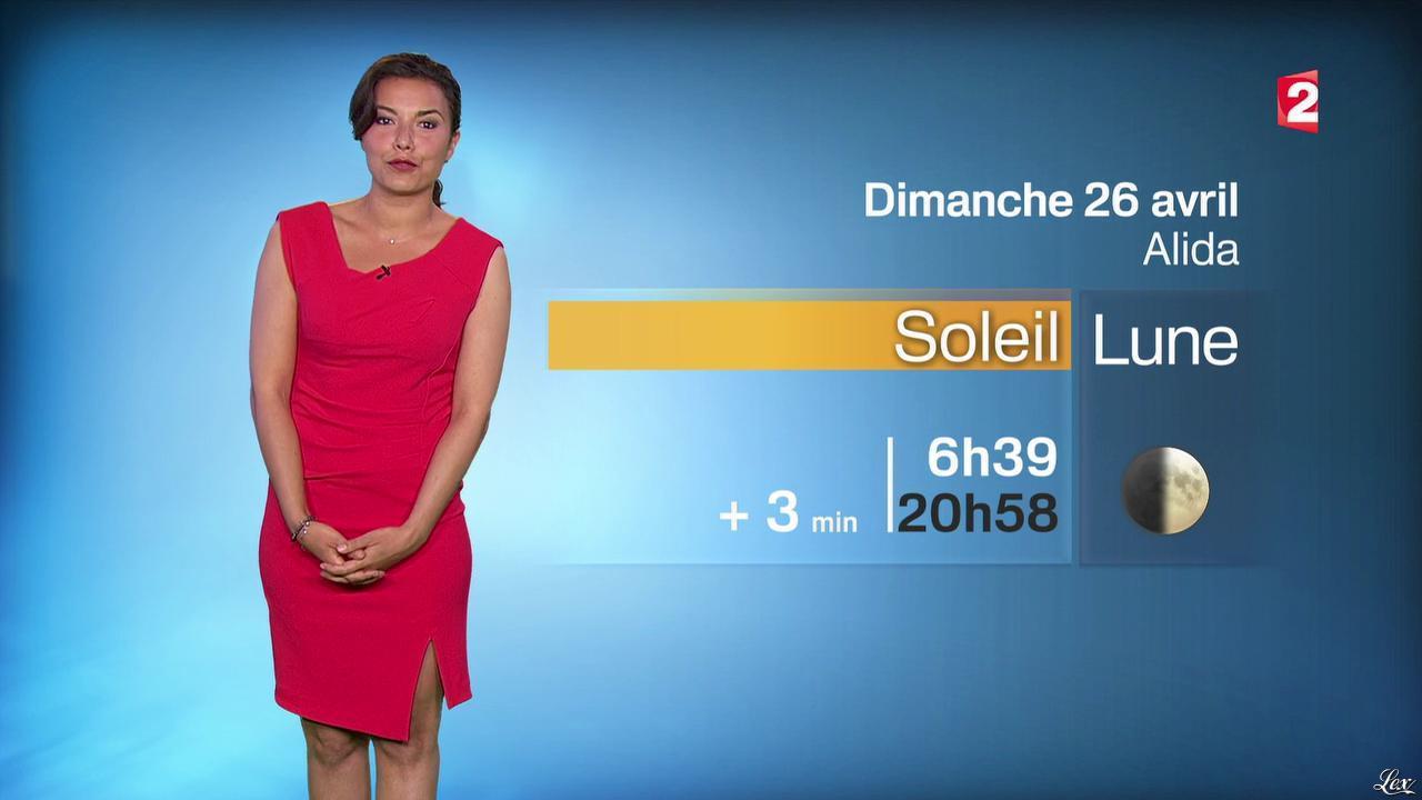 Anaïs Baydemir à la Météo de 20h. Diffusé à la télévision le 25/04/15.