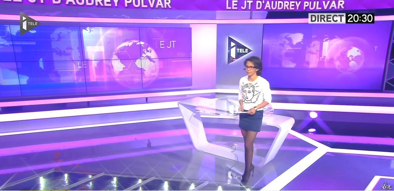 Audrey Pulvar dans le JT. Diffusé à la télévision le 06/05/15.