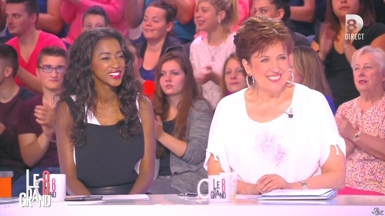 Hapsatou Sy dans le Grand 8. Diffusé à la télévision le 07/05/15.