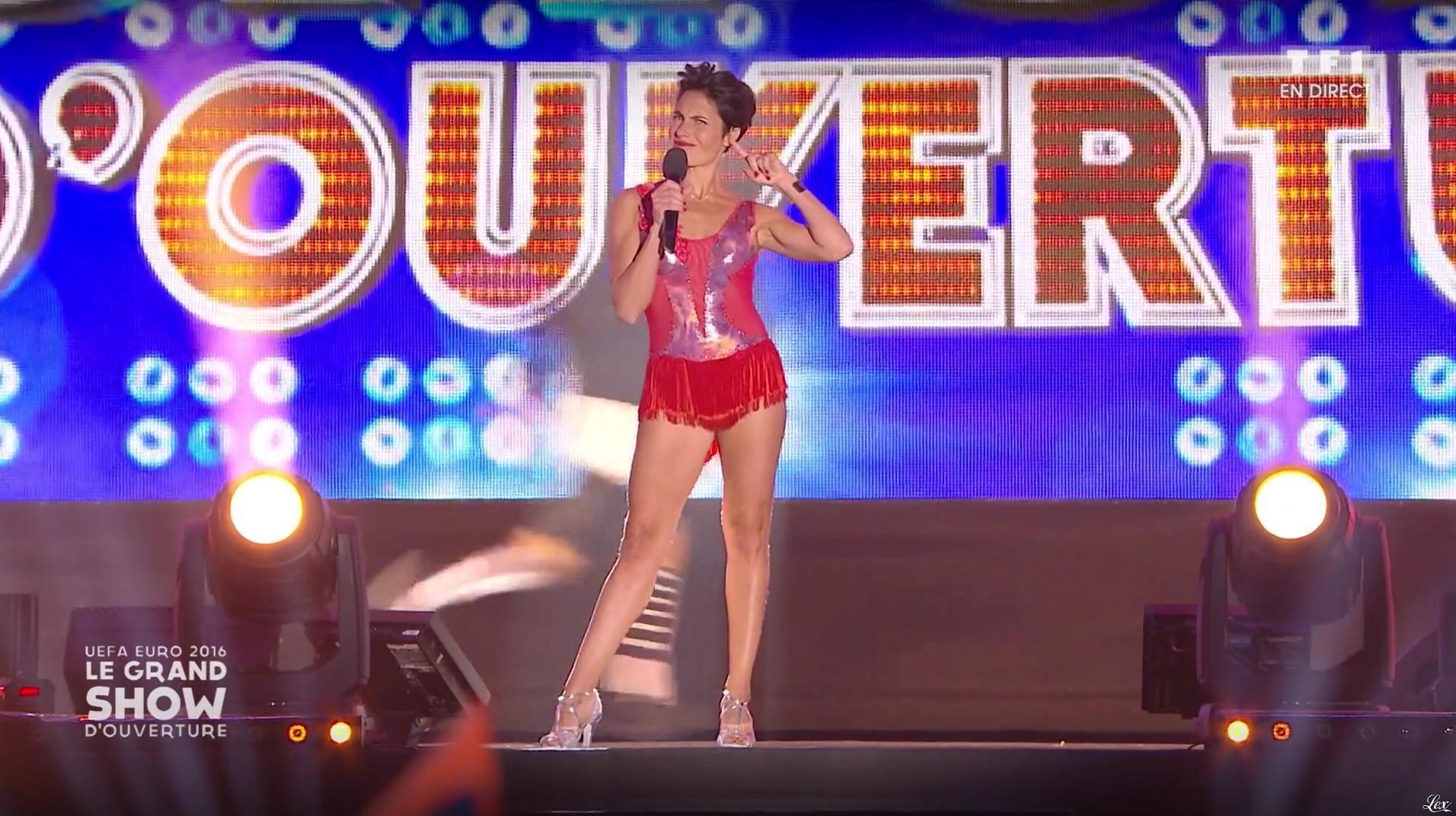 Alessandra Sublet dans le Grand Show d'Ouverture de l'Euro 2016. Diffusé à la télévision le 09/06/16.