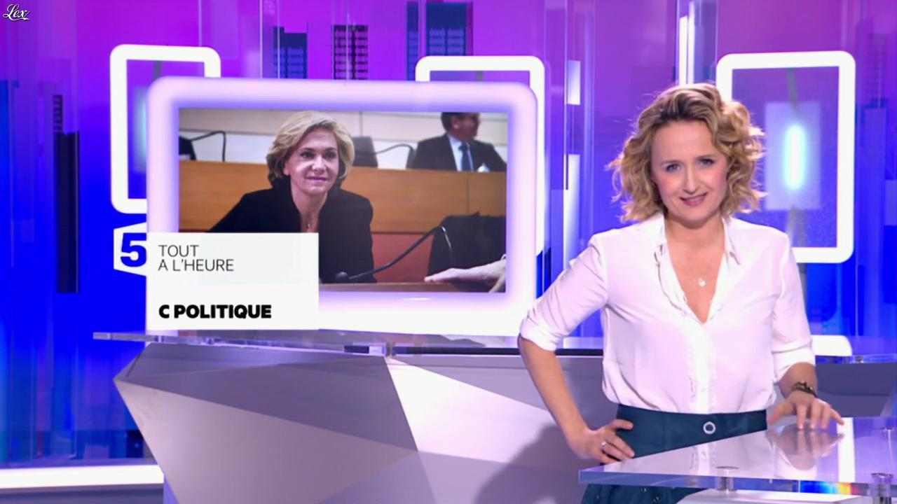 Caroline Roux dans une Bande-Annonce de C Politique. Diffusé à la télévision le 10/04/16.