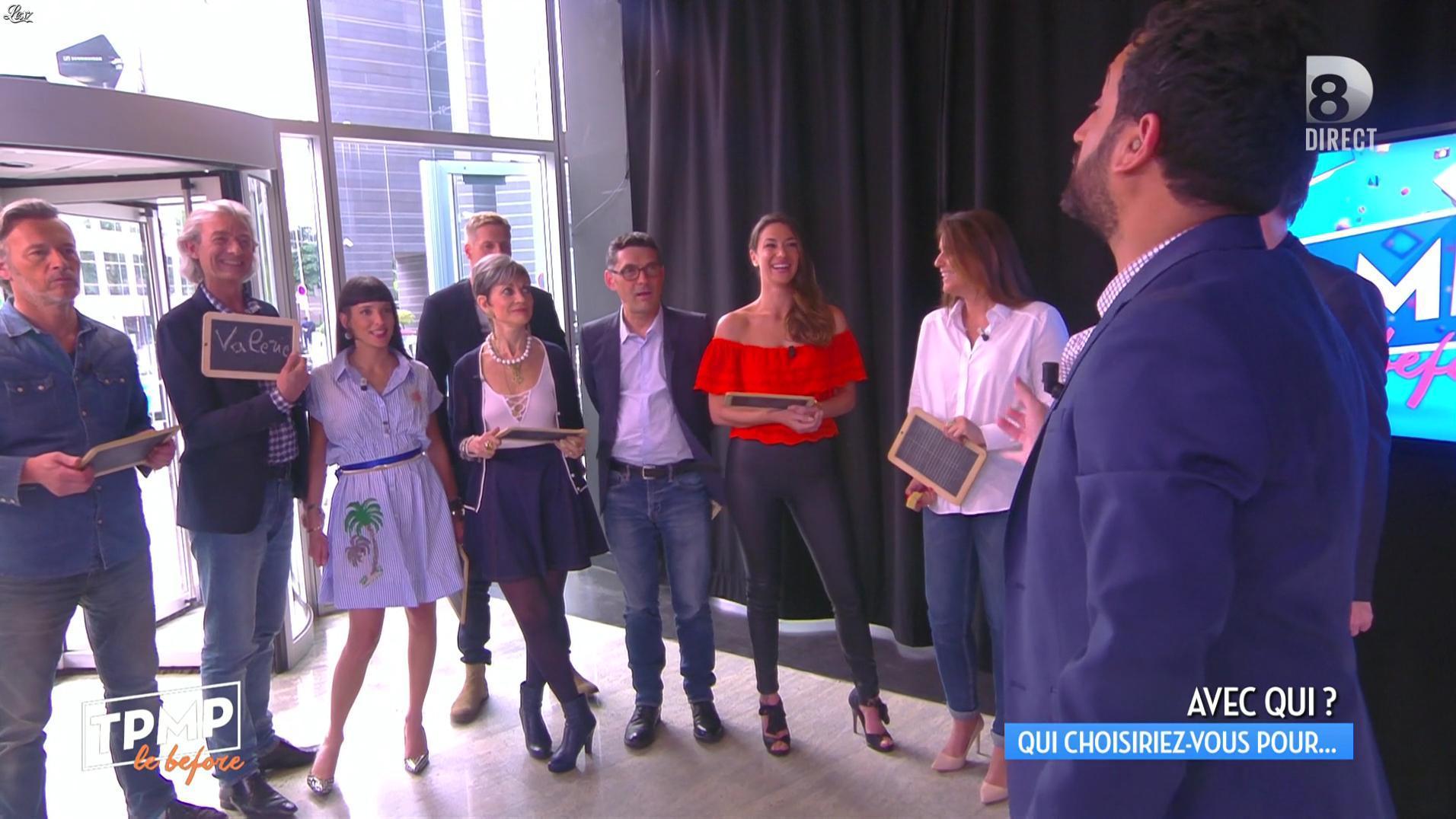 Clio Pajczer dans Touche pas à mon Poste. Diffusé à la télévision le 09/06/16.