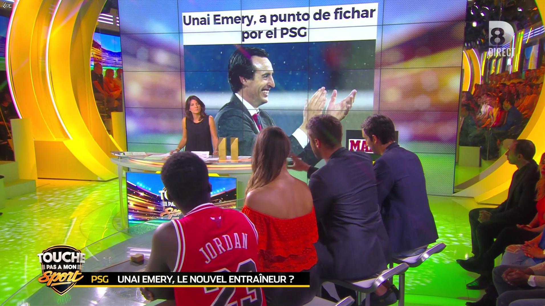 Clio Pajczer dans Touche pas à mon Sport. Diffusé à la télévision le 07/06/16.