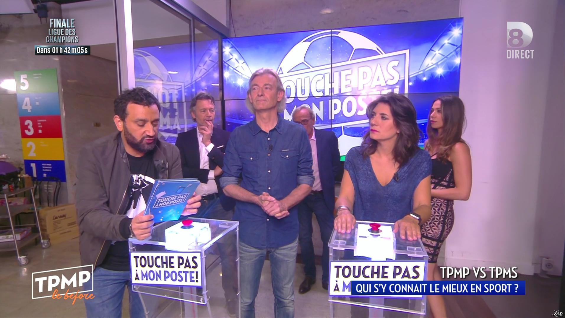 Estelle Denis et Clip Pajczer dans Touche pas à mon Poste. Diffusé à la télévision le 28/05/16.