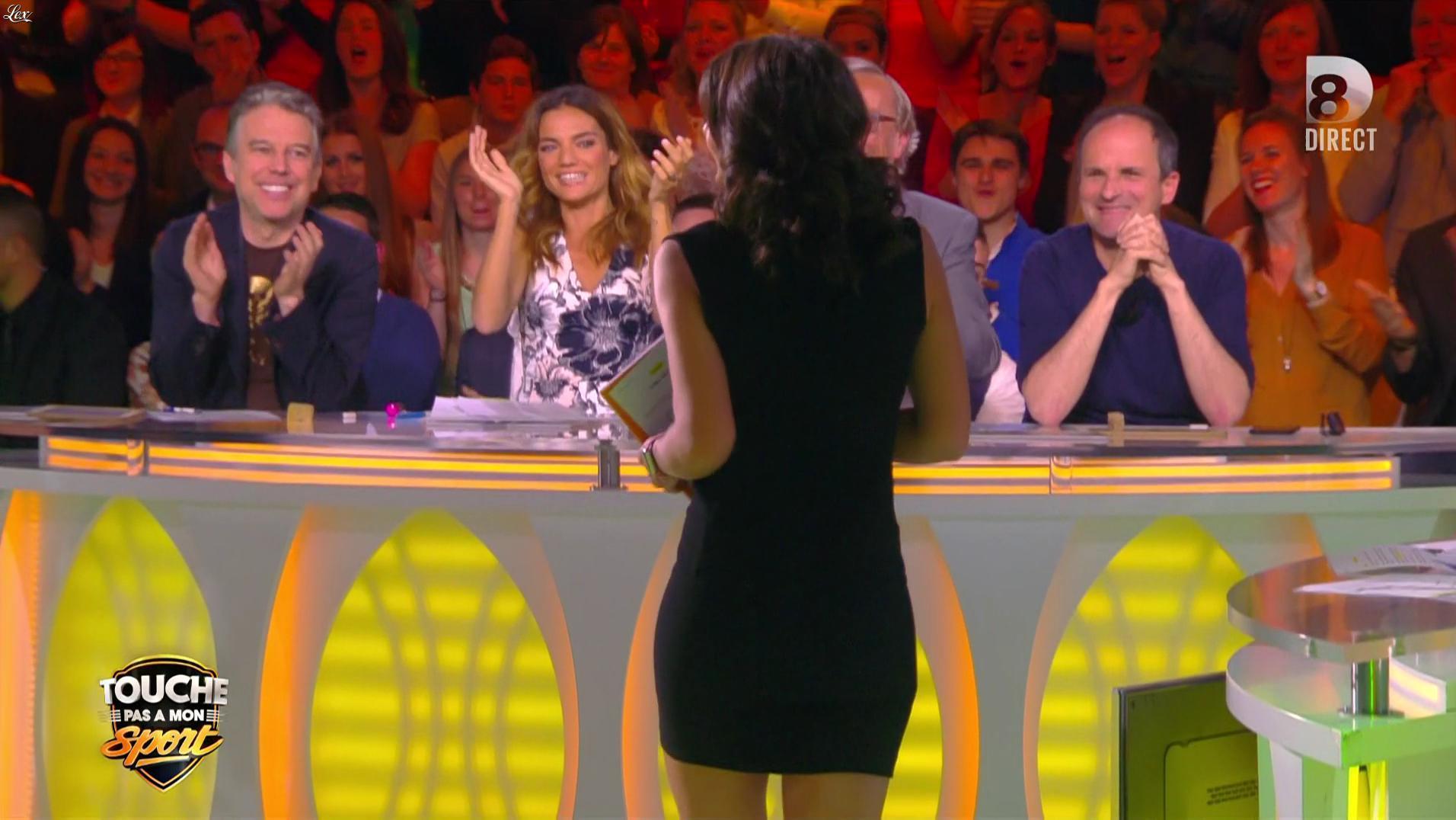 Estelle Denis dans Touche pas à mon Sport. Diffusé à la télévision le 25/04/16.