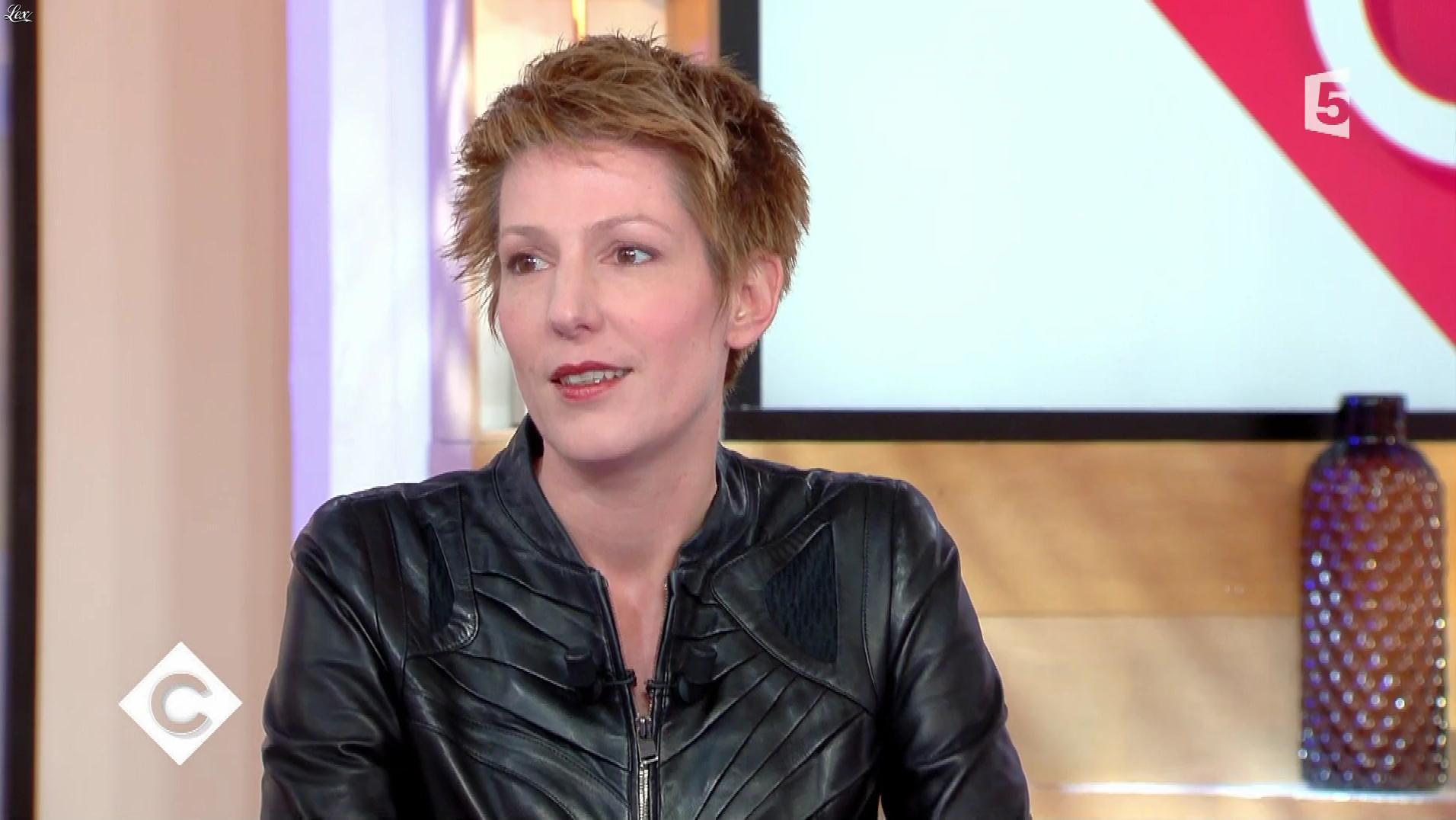 Natacha Polony dans C à Vous. Diffusé à la télévision le 01/12/17.
