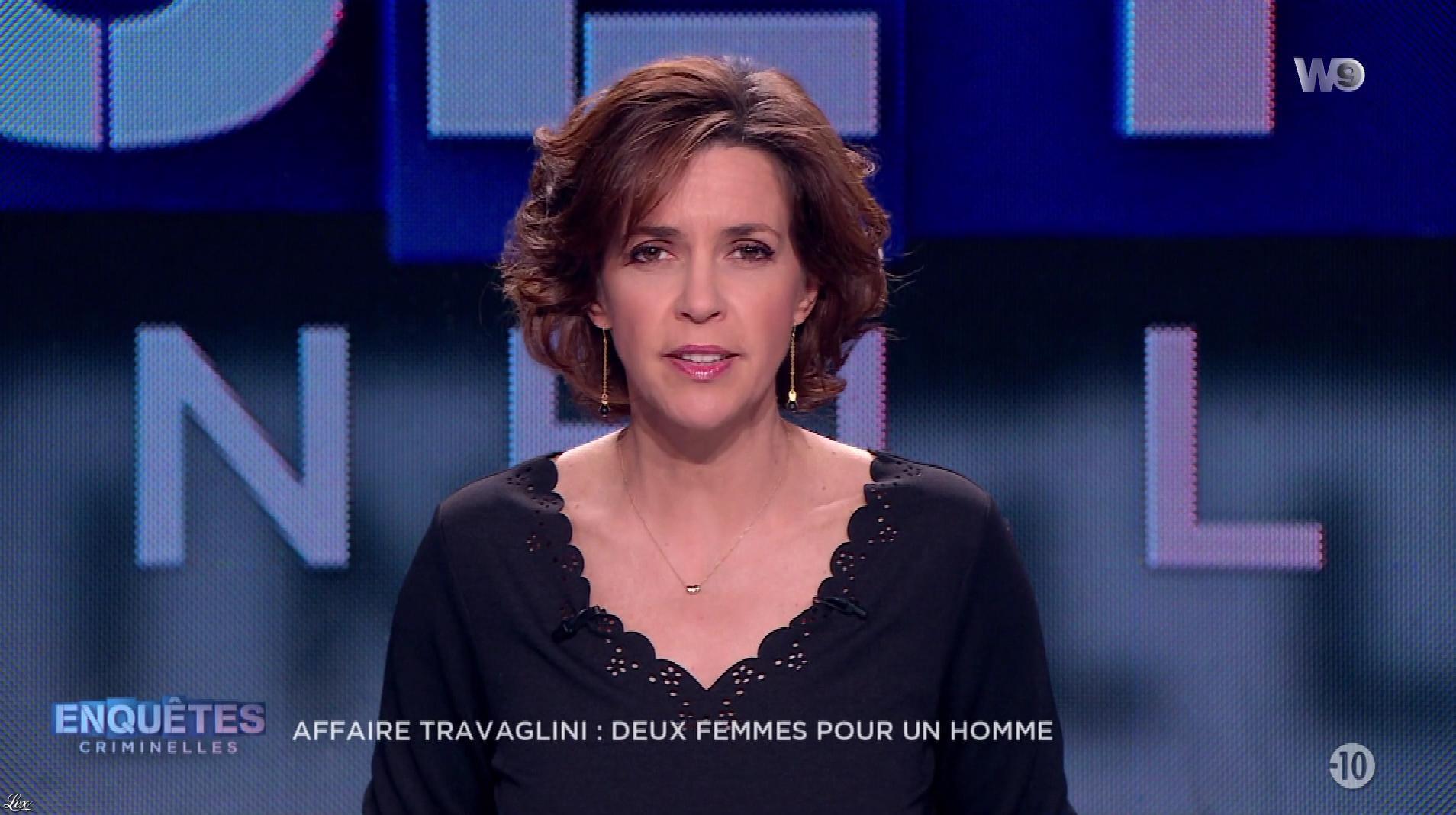 Nathalie Renoux dans Enquêtes Criminelles. Diffusé à la télévision le 28/02/18.